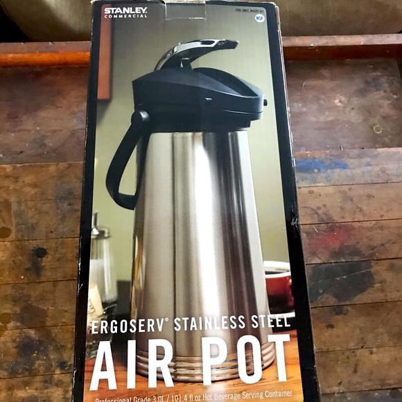 Stanley Commercial 3 liter airpot new in box